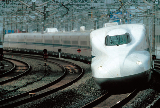 Mitsubishi full SiC electric train shinkansen